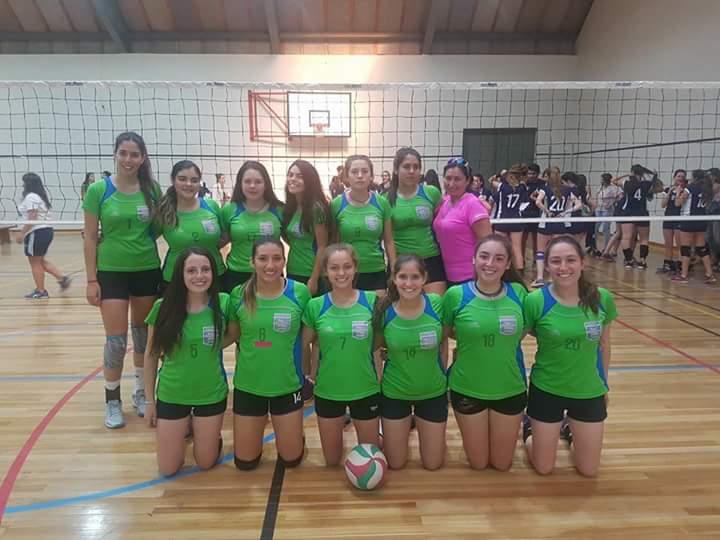 Equipo de Voleibol del Colegio San Francisco del Alba